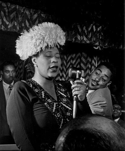 2771765-ella_fitzgerald_the_best_singer_on_planet_earth-harlem-1