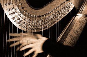 Harp-&-hands-toned