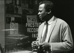 Miles-Davis---The-Very-Best-of-Prestigue-Records-Photo-1-Hi