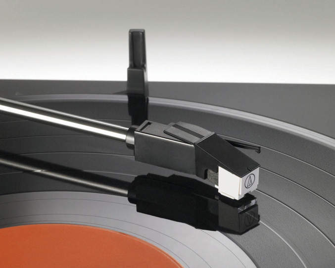 Audio-Technica-AT-LP2D-USB-1