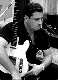 Guitarist-TommyTedesco