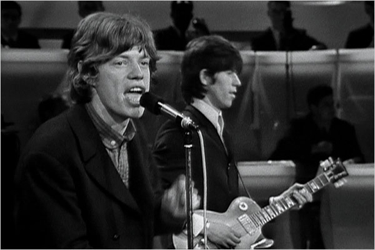Rolling-Stones-TAMI-show-performing