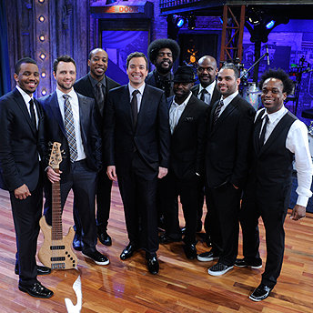 Jimmy-Fallon-and-The-Roots