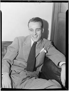 240px-Neal_Hefti,_New_York,_ca._Dec._1946_(William_P._Gottlieb_04031)