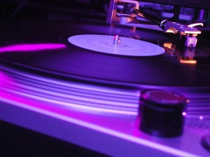 Dj-turntable-1024