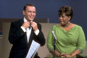 Frank-Sinatra-and-Ella-Fitzgerald-frank-sinatra-5576090-450-303