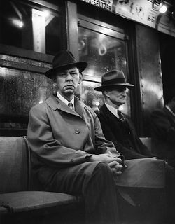 Arthur_leipzig_subway_wall_street_1949
