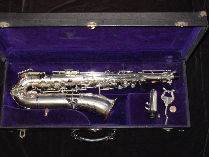 Buescher_C_Melody_Saxophone_1