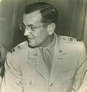 Captain-Glenn-Miller-Yale-1943-290x306