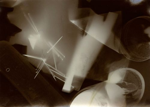 R_p_moholy-nagy_photogram-web