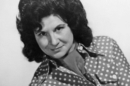 Kitty-wells-456-071712