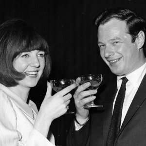 Cilla-black-and-manager-brian-epstein_11