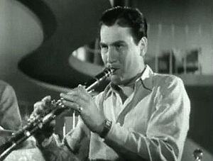 300px-Artie_Shaw_Playing