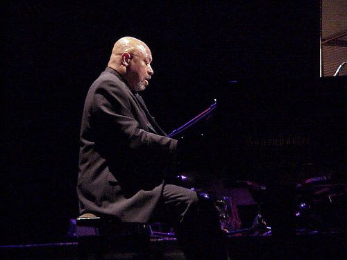 800px-Kenny_Barron_Munich_2001