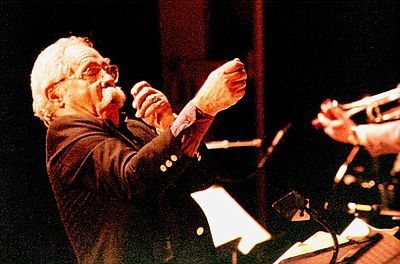Manny_Albam_conducting
