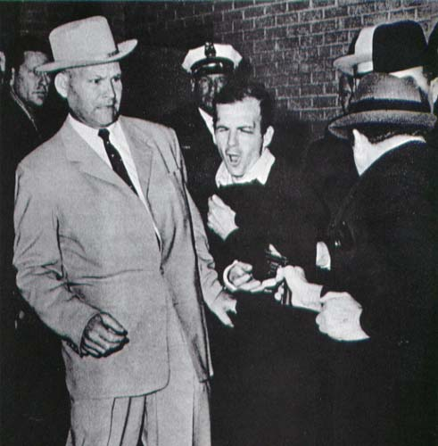 Lee harvery oswald shot