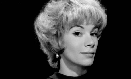 Joan-Rivers-Portrait-010