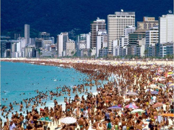 4874042-Avenida_Atlantica_Rio_de_Janeiro