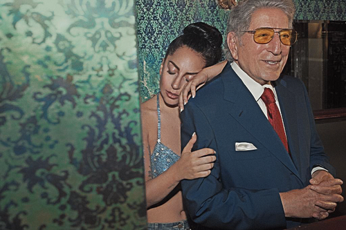 Lady-Gaga-and-Tony-Bennett-Announce-Cheek-to-Cheek-Pre-Order