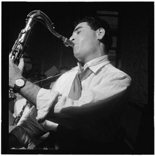 Georgie_Auld,_New_York,_N.Y.,_ca._Aug._1947_(William_P._Gottlieb_00361)