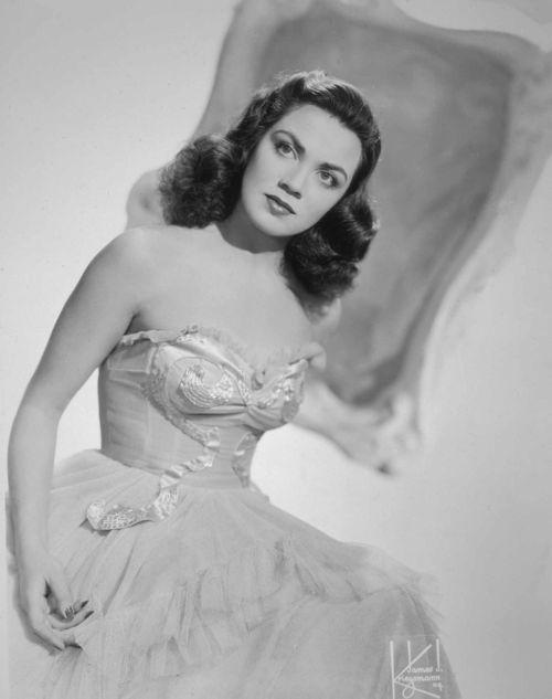 Kitty Kallen 1944 Metronome Archive Photos