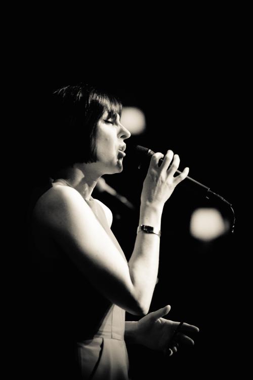 Georgia Mancio (live B:W) by Carl Hyde 2015