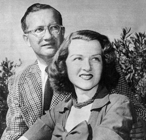 Jo_Stafford_and_Paul_Weston_newlyweds_1952