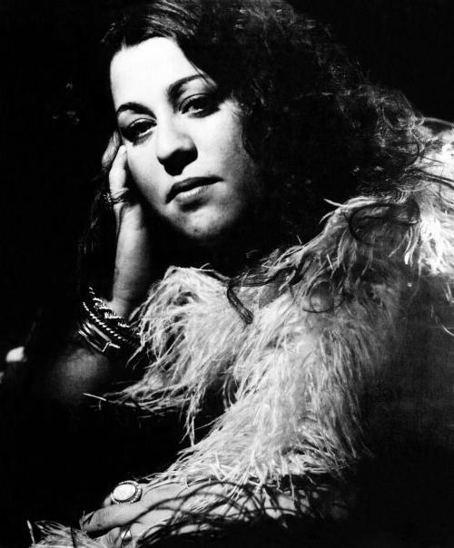 1200px-Cass_Elliot_(1972)