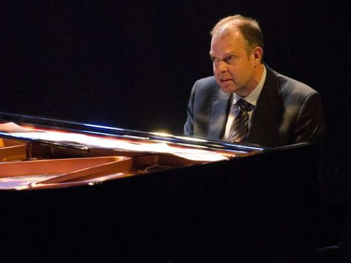 Montreal-que-july-02-2012-bill-charlap-plays-the-pian