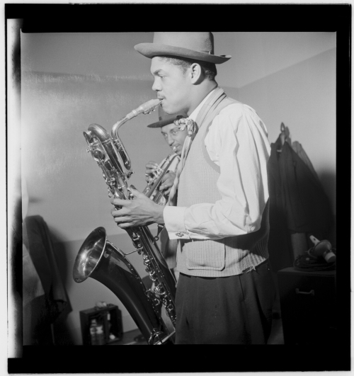 (Portrait_of_Leo_Parker _New_York _N.Y. _ca._May_1947)_(LOC)_(5354784684)