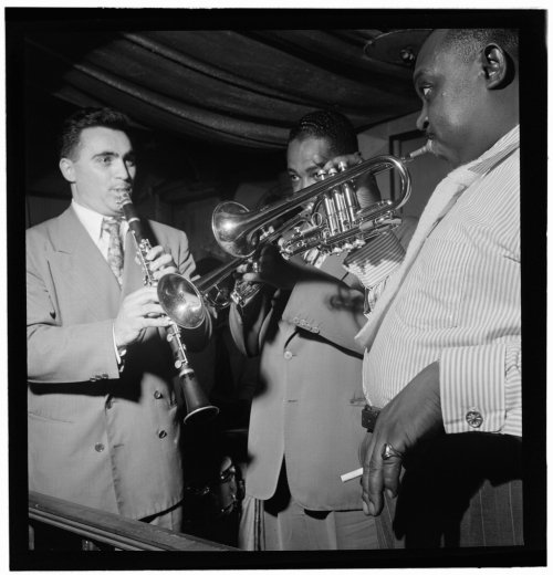 Sol_Yaged _Joe_Thomas _and_Rex_Stewart _Pied_Piper _New_York _N.Y. _ca._Sept._1947_(William_P._Gottlieb_09421)