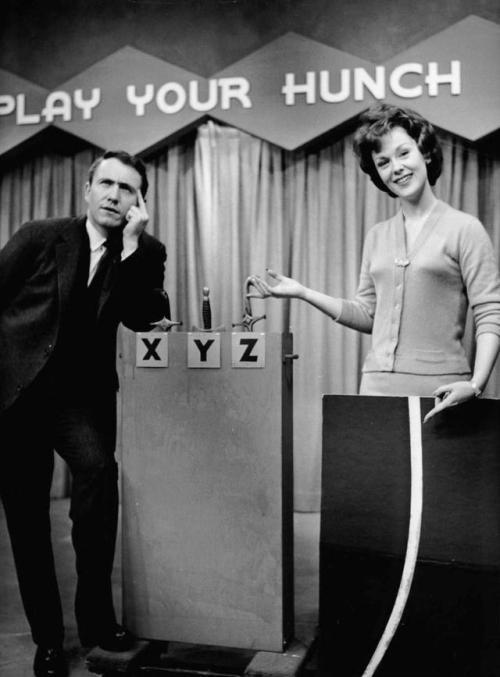 640px-Merv_Griffin_Liz_Gardner_Play_your_Hunch_1960