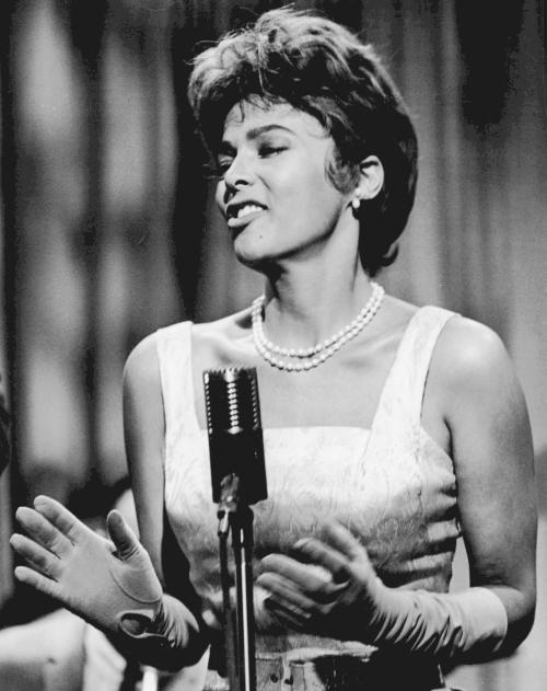 Dorothy_Dandridge_Cain's_Hundred_1962