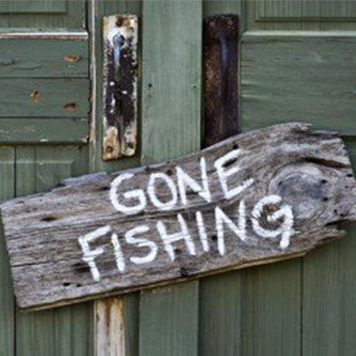 Gonefishing-sign