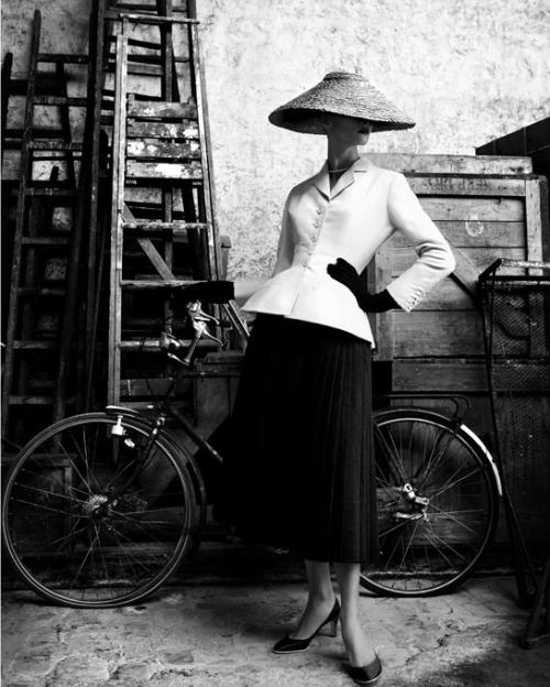 Christian_dior_haute_couture+1947-1